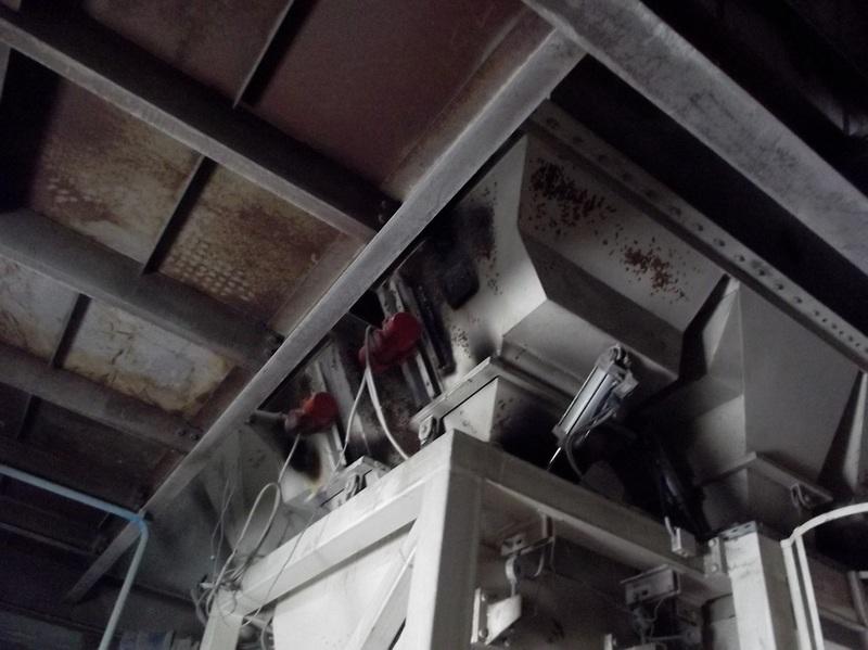 вибратор пневматический на бункерах инертных