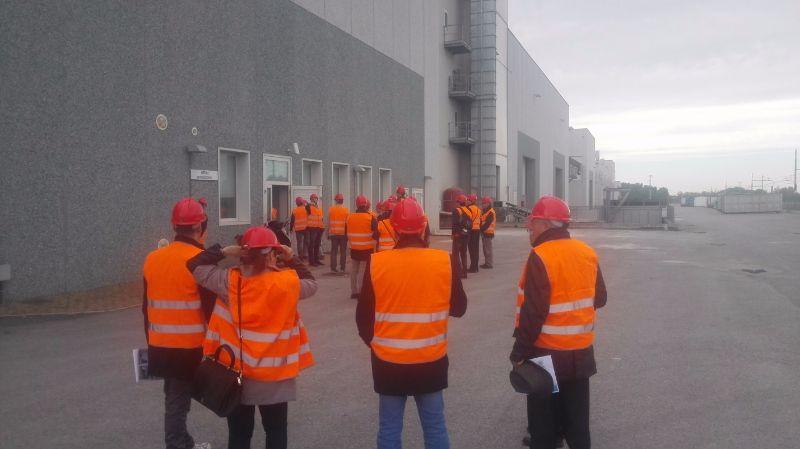 Начало экскурсии на ЖБИ заводе