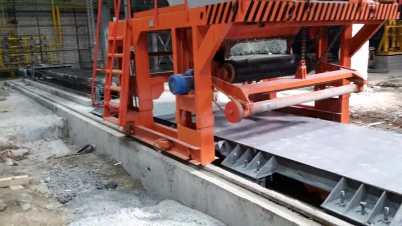 Запуск производства плит ПК с бетонным заводом и системой адресной подачи
